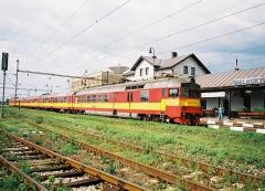 083-560.JPG