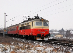 R 803 ~0.JPG