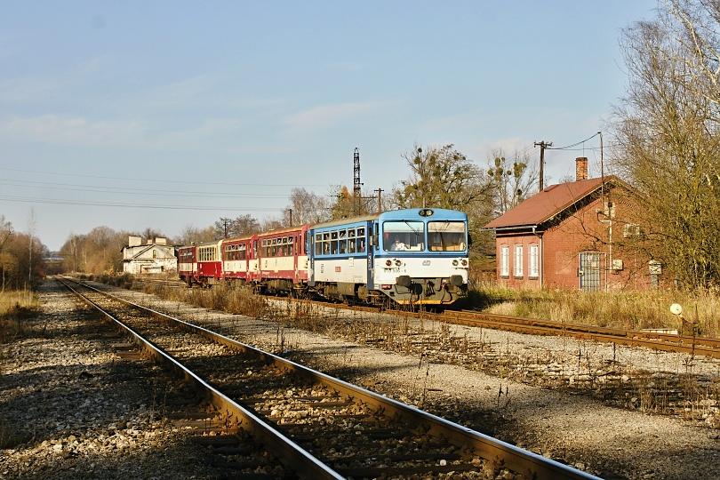 Orlová 1 nádraží-budova 2