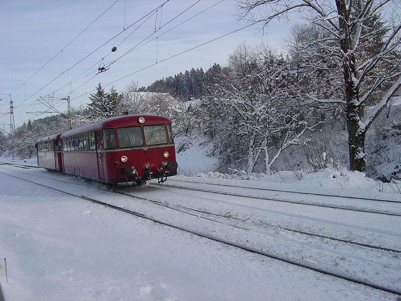 Motorové vozne Ürdingen VT 796 na 30.12.2004 v St Georgen