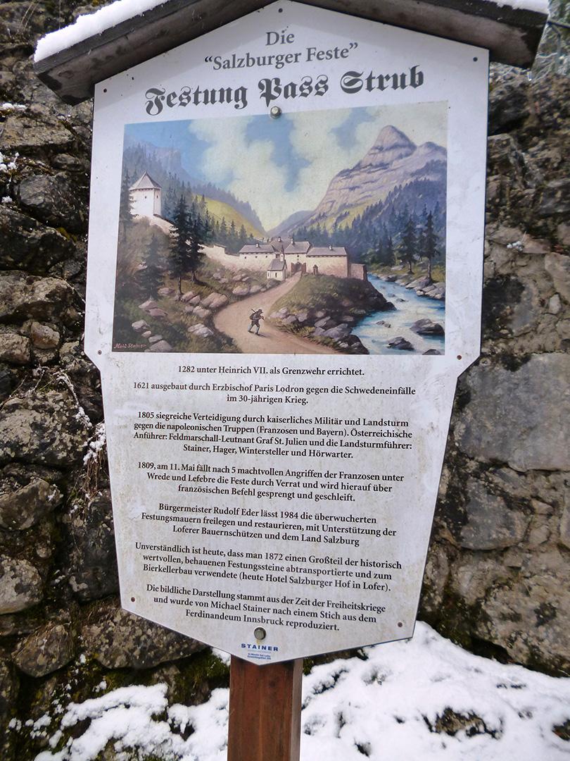 Pamätná doska na pevnosť v tiesňave Strub