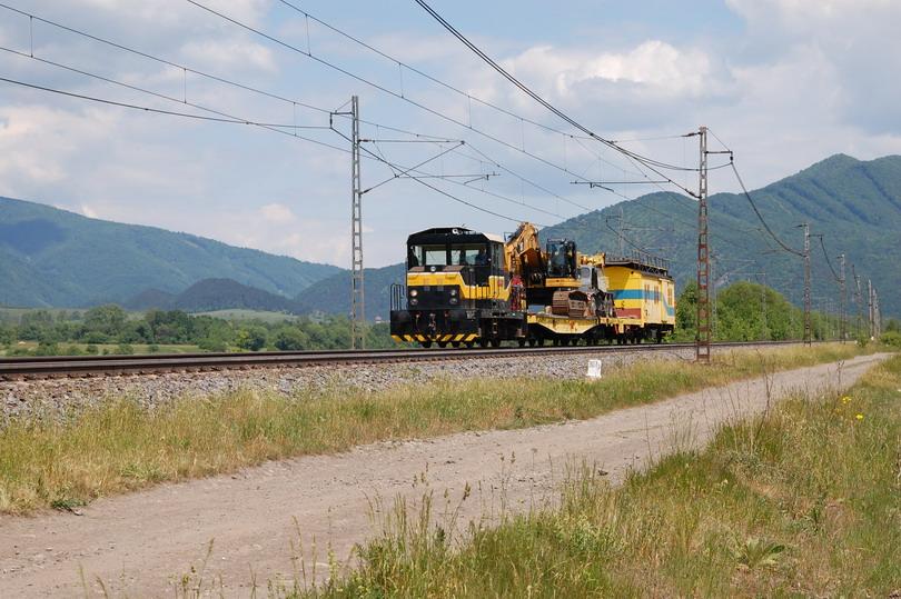 712.907 na pracovnom vlaku pri Krpeľanoch