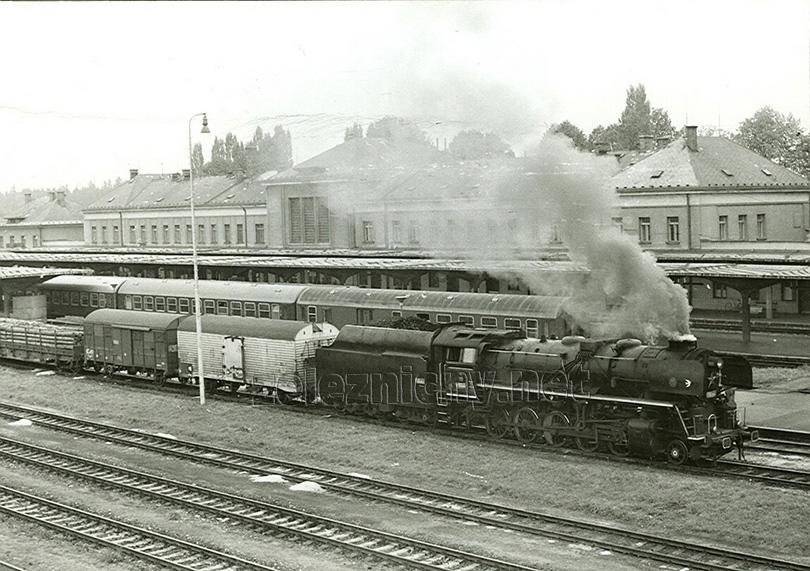 Z Českých Velenic do Gmündu byla dne 28. 9. 1979 připravena k odjezdu lokomotiva 556.0506 – jediná nezrušená lokomotiva této řady.