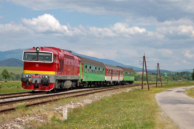Os. 7551 a 750.300 v Jazernici