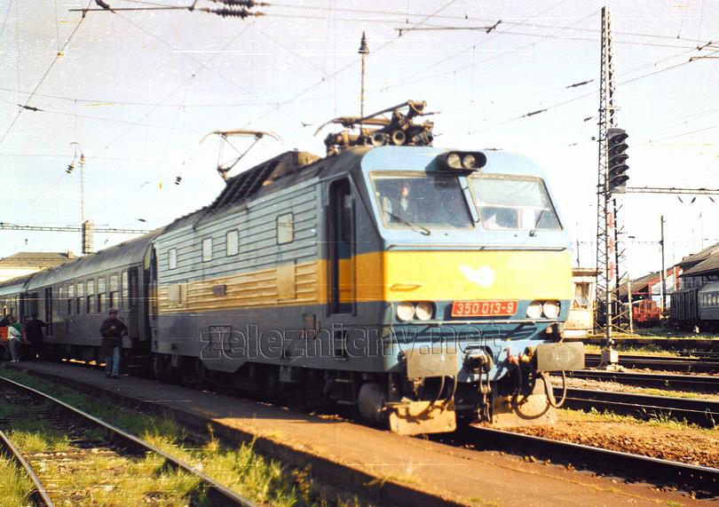 350.013-9 doviezla rýchlik do Bratislavy