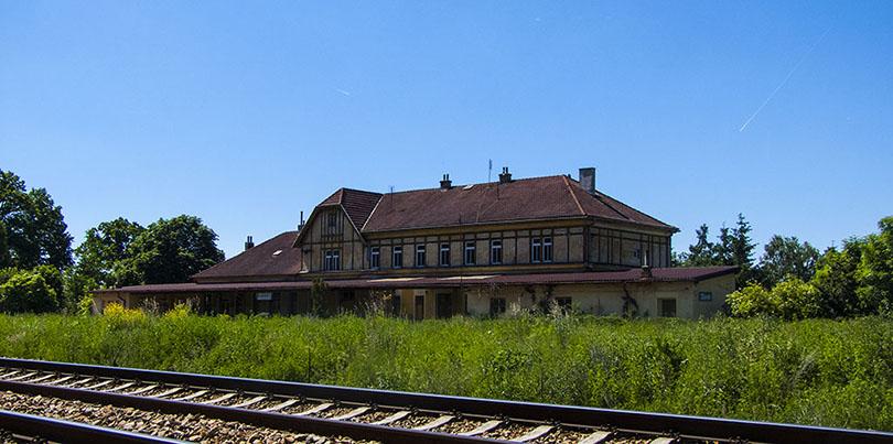 opustená stanica Zbiroh.