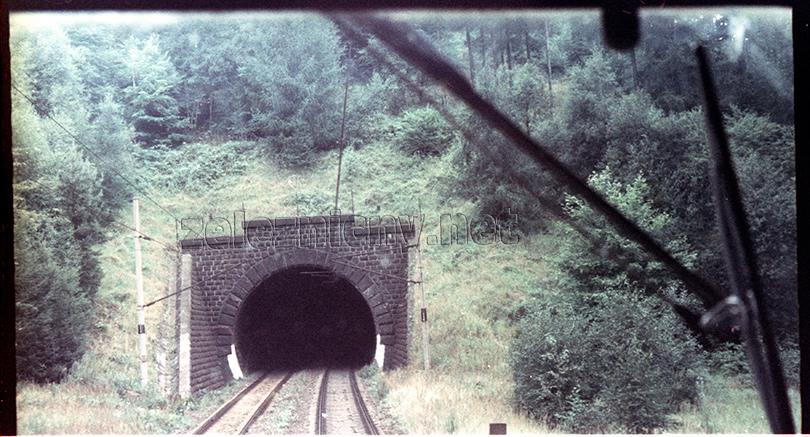 Portál tunela Dolní Loučky.
