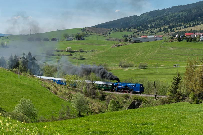 Parný vlak vstúpaní k zástávke Telgárt-Hostinec(foto:DjMiscin)