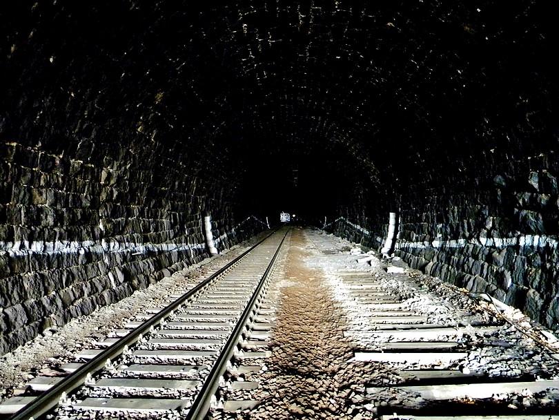 Dvojkoľajný malešický tunej 12 -4- 2o13 13.28