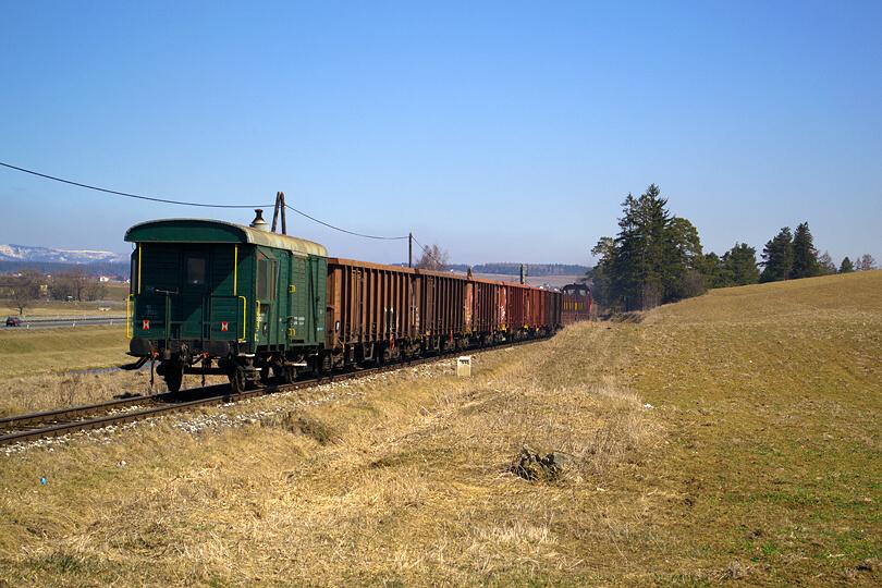 Na konci vlaku nemôže chýbať legendárny služobný vozeň Daak.