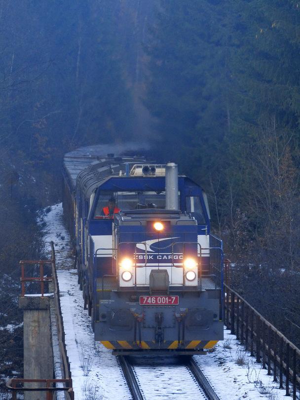Zberné suroviny ala Pn 53121 zo Šalkovej až do Strážskeho na Uľansom viadukte