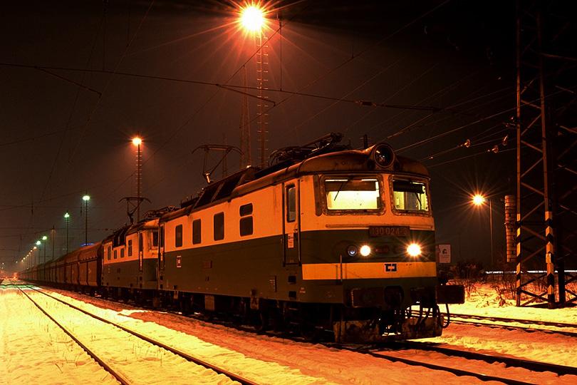 Január –Na Slovensko začala chodiť česká dvojička 130.002 a 130.024 ako náhrada za naše dvojičky.