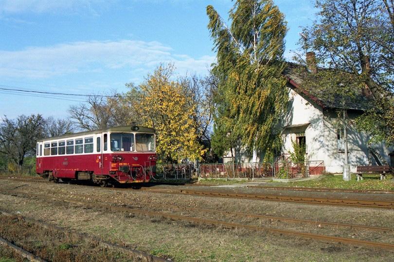 V dopravni Kapince bolo zavedené križovanie niekoľkých vlakov.