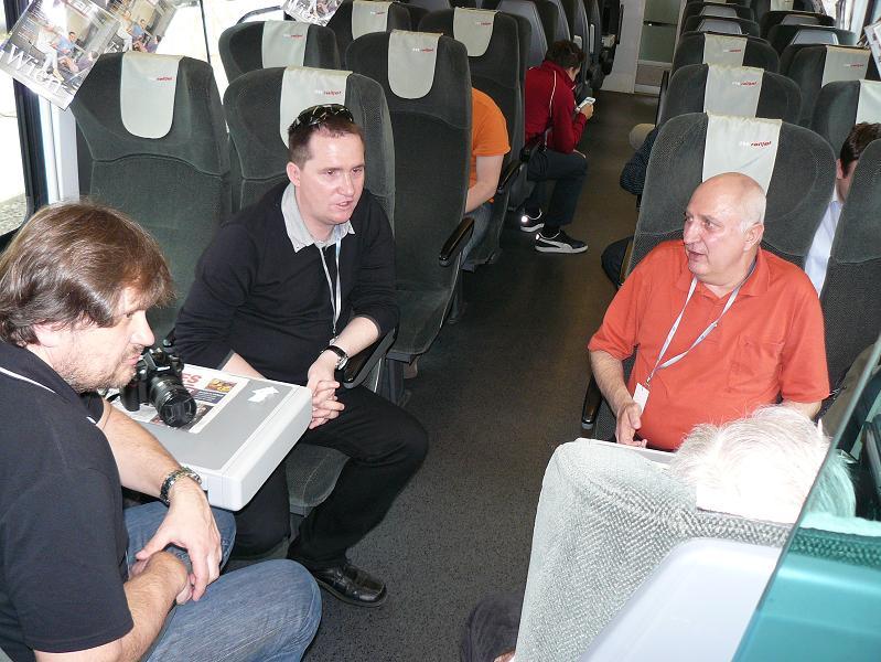 chalani z AŽD, Andy a Karel v družnom rozhovore, kde sme preberali rôzne témy v priateľskom duchu
