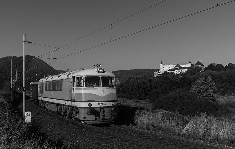Ako za starých čias, keď tieto stroje brázdili koľajnice v okolí Zvolena.(Foto:DjMiscin)