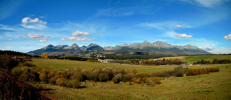 No a posledná a už spomínaná panoráma Vysokých Tatier.