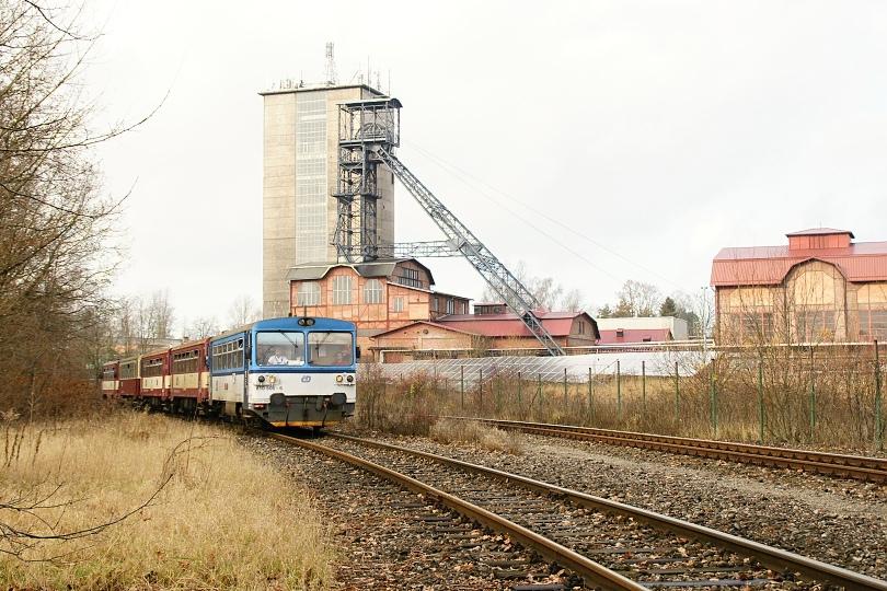 Betónová skipová ťažná veža slúžila výhradne pre ťažbu uhlia.Klasická oceľová ťažná veža pre dopravu mužstva a prepravu materiálu.Jama je v súčastnosti využívaná ako súčasť vetracieho systému Dolu Karviná.Ťažné lano na veži dokazuje,že v prípade mimoriadnej situácie jama slúži na evakuáciu zamestnancov z podzemia.