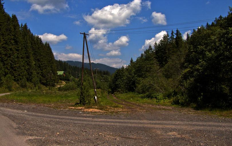 Ráztoky v doline Ipoľtica. Tu bývalo tiež nákladisko