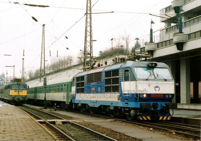 350.011-3 Budapest Keleti 22.2.2005 EC 278