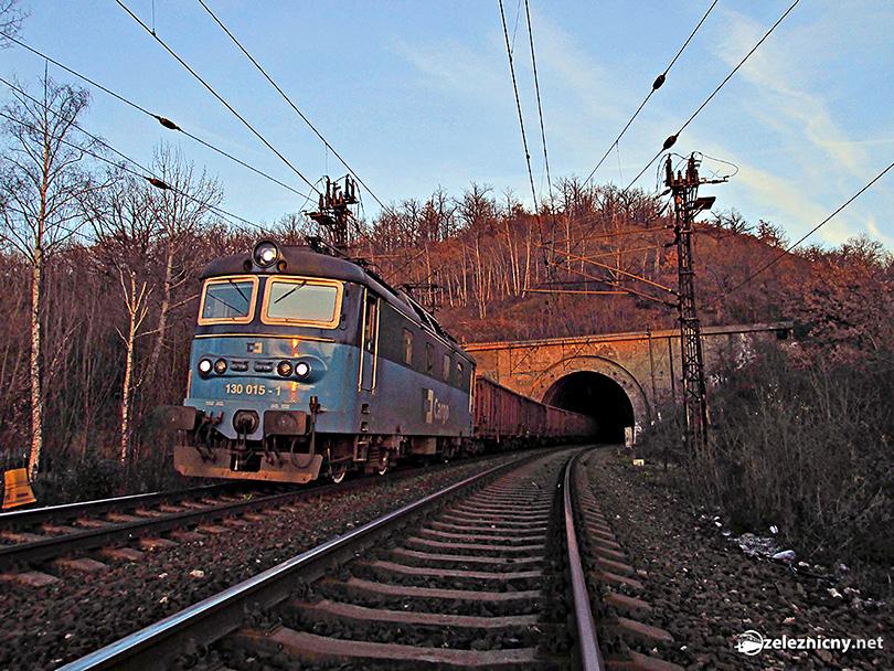 Holešovický tunel a Hrbatá
