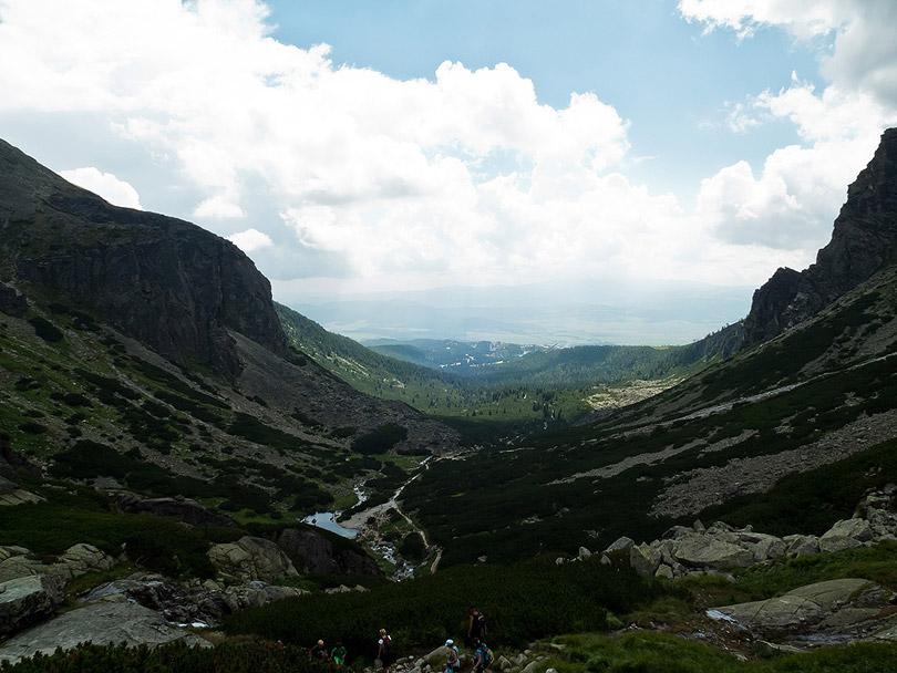 Pokračovali sme aj ďalej. Pohľad na dolinu. (Foto:AladaR)