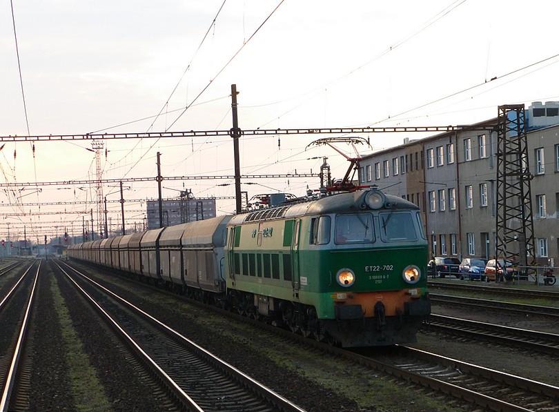 Perníkov: poľský býk ET22-702 sa vracia z Děčína